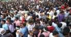 শেষ দিনেও নয়াপল্টন কার্যালয়ে উপচেপড়া ভিড়