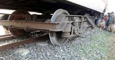 উত্তরবঙ্গের সঙ্গে রেলযোগাযোগ বিচ্ছিন্ন